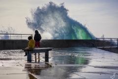 Gefährliches Spiel mit den Wellen